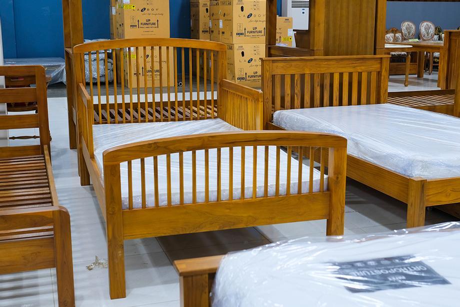 เตียงนอน ไม้สัก 3.5ฟุต