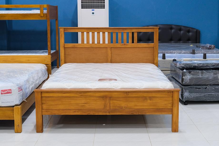 เตียงนอน ขนาด 5 ฟุต